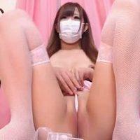 【無毛】奇跡の一本スジ☆美マンと美乳がエロい娘のチャット配信【無修正】