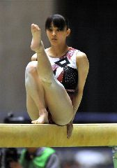 淫美な新体操女子の股間ギリギリ画像(*´∀`*)ギリギリ…(体操・スポーツ・エロ画像)